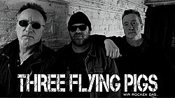 mit den Three Flying Pigs